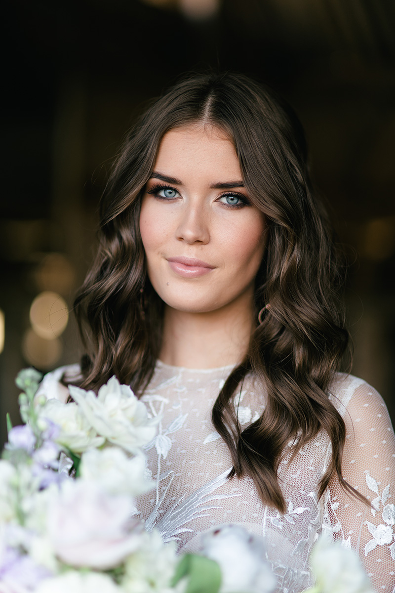 Sunshine Coast bride with makeup by Boudoir Blush